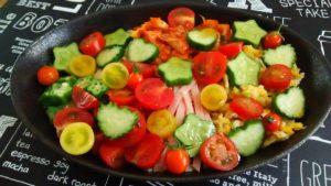 7種のトマトとイボイボきゅうりの冷麺